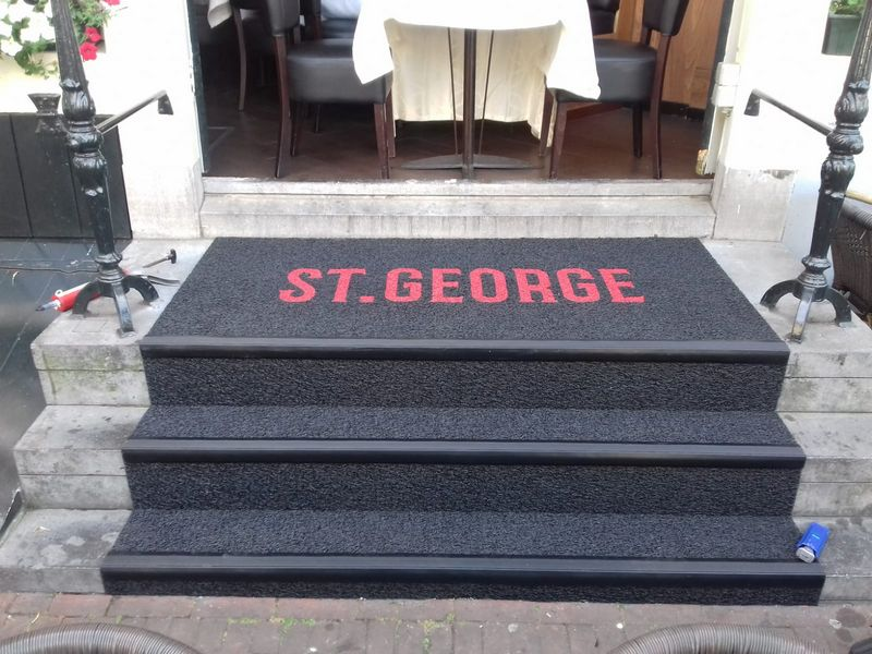 St George uitgevoerd Kiezelmat (6)