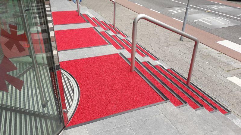 Stadsgehoorzaal Vlaardingen Kiezel rood ref2